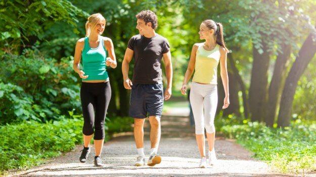 mers pe jos si jogging